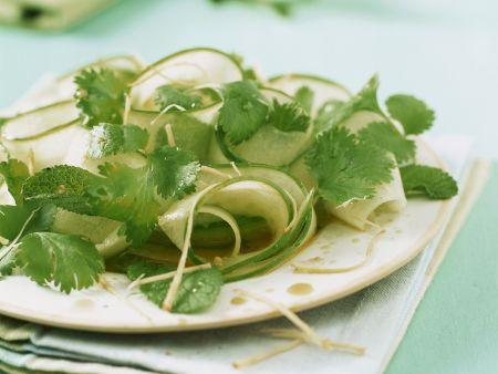 Gurken-Kräuter-Salat