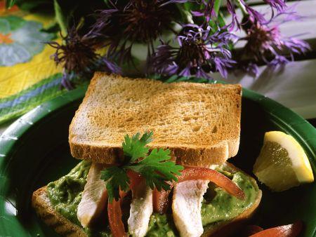 h hnchen avocado sandwich rezept eat smarter. Black Bedroom Furniture Sets. Home Design Ideas