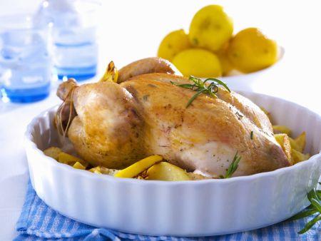 Hähnchen mit Füllung dazu Kartoffeln mit Rosmarin