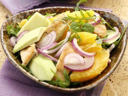 Hähnchen-Orangen-Salat mit Avocado, Rucola und Schinken und Senfvinaigrette