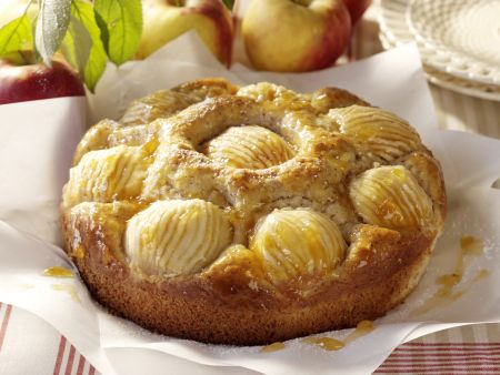 Haselnuss-Apfel-Kuchen