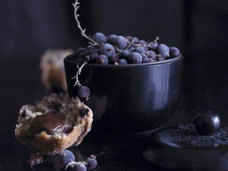Heidelbeermuffin mit Schokosoße
