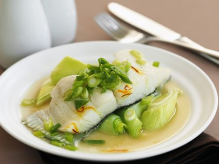 Heilbutt mit Lauch-Safran-Gemüse