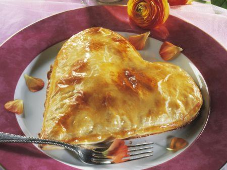 Herz-Pie mit Champignonfüllung