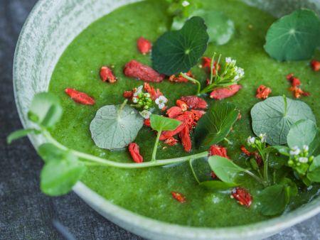 Herzhafte grüne Smoothie-Bowl