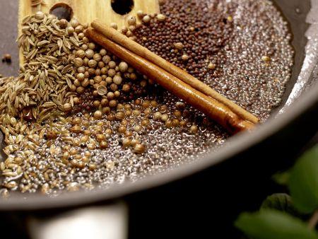 Indisches Auberginenragout: Zubereitungsschritt 5