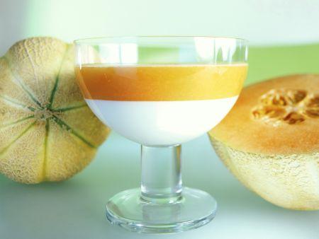 Joghurtcreme mit Melonenkaltschale