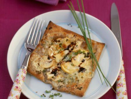 Käse-Champignon-Schnitte mit Vollkornblätterteig