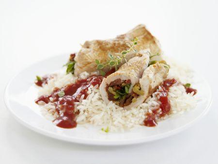 Kalbsrouladen mit Reis und Tomatensoße