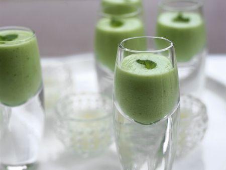 Kalte Gurken-Minze-Suppe