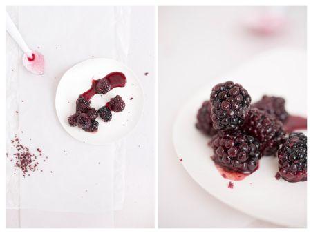 Karamellisierte Rotwein-Brombeeren