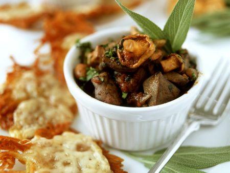 Kartoffelpuffer mit Pilz-Hähnchenleber-Ragout