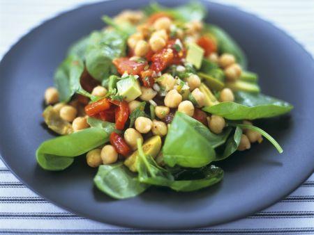 Kichererbsensalat mit frischem Spinat