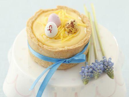 Kleine Zitronencreme-Kuchen zu Ostern
