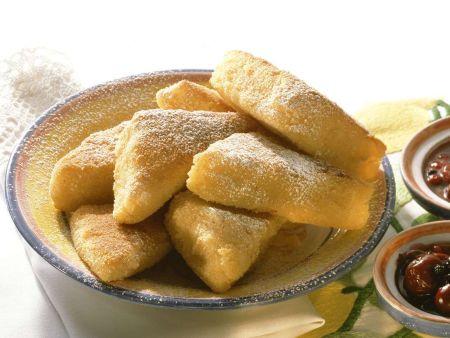 Knusprig ausgebackene Puddingecken
