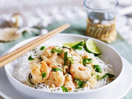 Kokos-Shrimps auf Reisnudeln