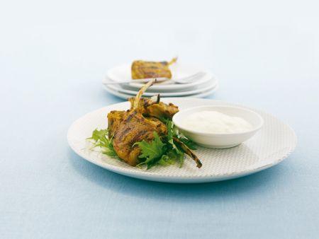 Koteletts vom Lamm mit Joghurt-Dip