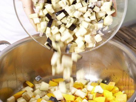 Kürbis-Auberginen-Gemüse: Zubereitungsschritt 3