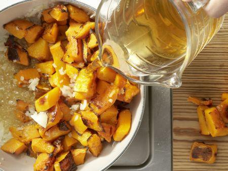 Kürbis-Ingwer-Suppe: Zubereitungsschritt 4