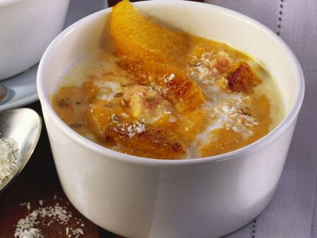 Kürbis-Kokos-Suppe mit Orangen