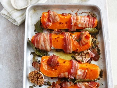 Kürbis mit Bacon, Knoblauch und Lorbeer