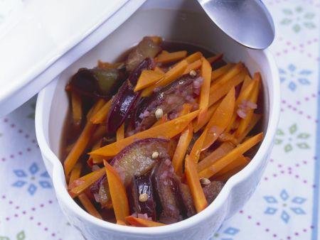 Kürbis-Zwetschgen-Gemüse