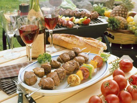 Lamm- und Gemüsespieße vom Grill