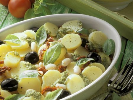 Ligurischer Kartoffelsalat mit weißen Bohnen