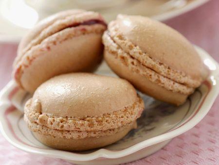 Macarons mit Rosenmarmelade