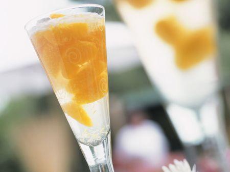mandarinen sekt cocktail rezept eat smarter. Black Bedroom Furniture Sets. Home Design Ideas