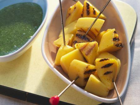 Mango vom Grill mit Minzsoße