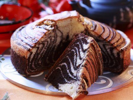 Marmorkuchen mit Zebra-Muster