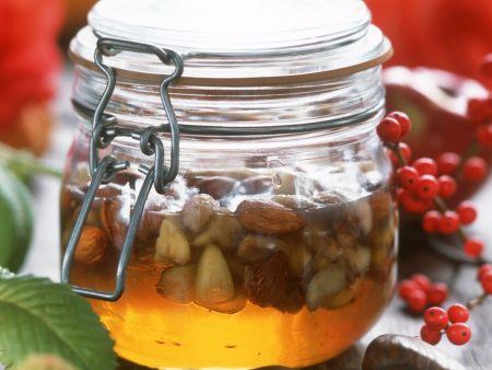 Maronen und Mandeln in Honig