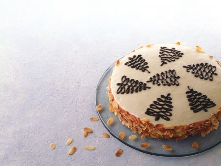 Marzipan-Kirsch-Torte
