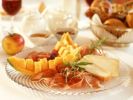 Melone mit parmaschinken rezept eat smarter - Honigmelone dekorativ schneiden ...