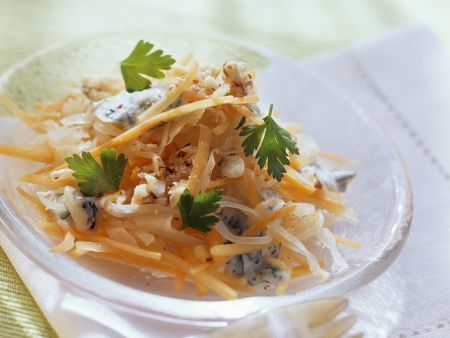 Möhren-Sauerkrautsalat