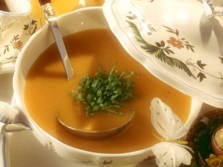 Möhrensuppe mit Orange