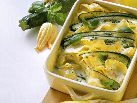 Nudel-Zucchini-Gratin