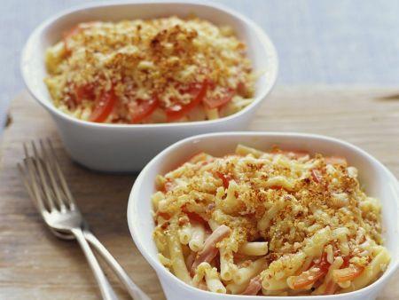 Nudelauflauf mit Schinken und Tomaten