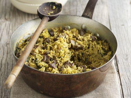 Orientalische Reispfanne (Pilaf) mit Lammfleisch