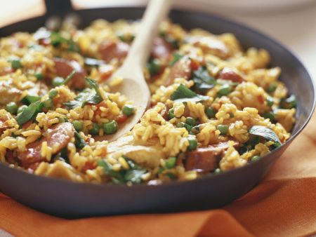 paella mit chorizo rezept eat smarter. Black Bedroom Furniture Sets. Home Design Ideas