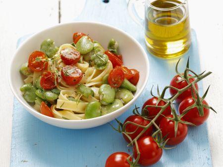 Pasta mit Bohnen und Kirschtomaten