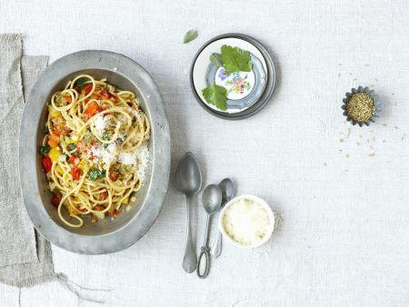 Pasta mit gegrilltem Gemüse und Pecorino