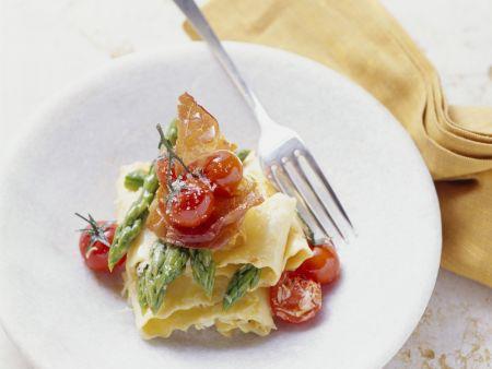 Pasta mit Spargelspitzen und Cherrytomaten