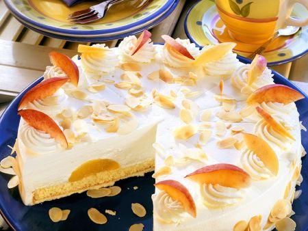 Pfirsich-Käsesahnetorte