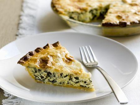 Pie mit Reis und Spargel