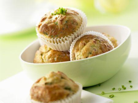 Pikante Muffins mit Schinken