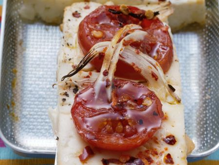 Pikanter Tofu mit Tomate
