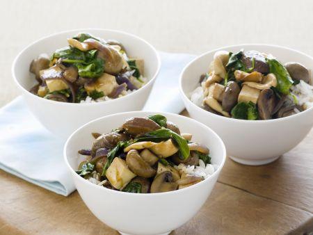 Pilz-Tofu-Gemüse mit Reis