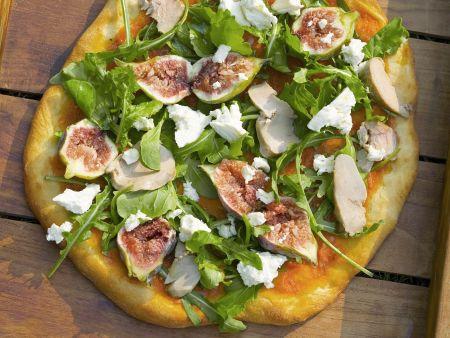 Pizza mit Gänsestopfleber, Rucola und Feigen